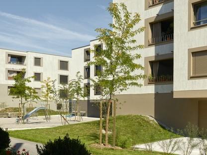 2b architectes: Appartamenti per anziani a Sugiez, Svizzera
