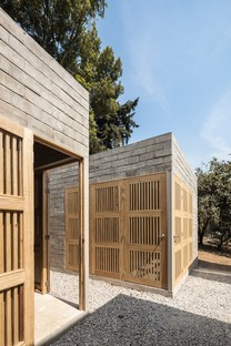 Dosa Studio + Rojkind Arquitectos: Casa per Rosario, Ocuilan