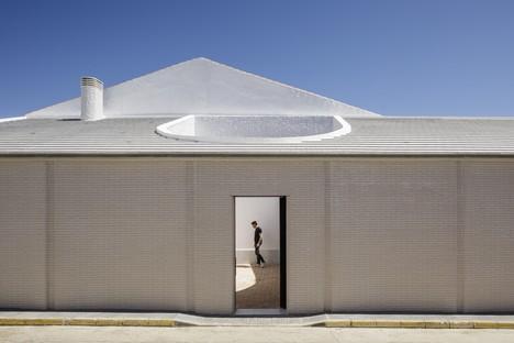 Studio Wet: Casa Borrero ad Alosno e il pragmatismo critico