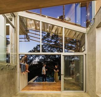 Balcony House di Laboratory Sustaining Design