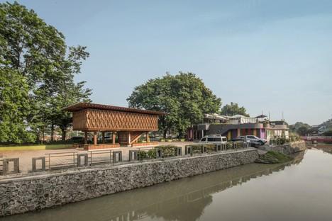 SHAU: Microbiblioteca Warak Kayu a Semarang, Indonesia