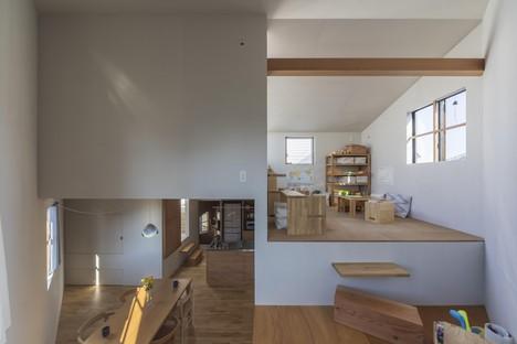 Tato Architects: Functional cave, casa a spirale a Takatsuki