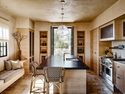 Studio Schicketanz per Tehama Carmel: lusso e sostenibilità alla Clint Eastwood