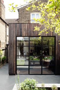Charred Garden House di Trellik a Londra