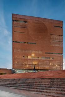El Equipo Mazzanti: Ampliamento della Fondazione Santa Fe, Bogotà