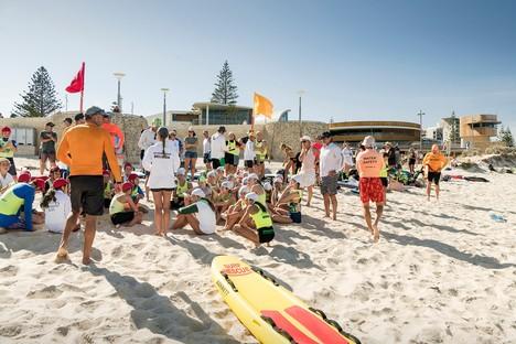 Scarborough Beach Life Saving Club di Hames Sharley