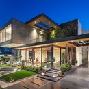 Cantilever House di Zero Energy Design Lab