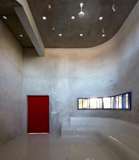 Abin Design Studio: Gallery house a Bansberia, West Bengal, India