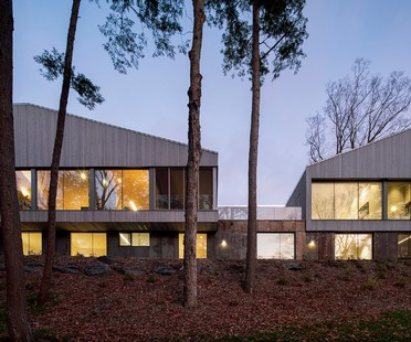Memphremagog Lake House di Naturehumaine