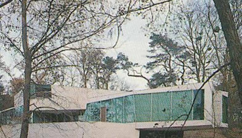 La Möbius House di UN studio, Het Gooi, Olanda (1993-1998)