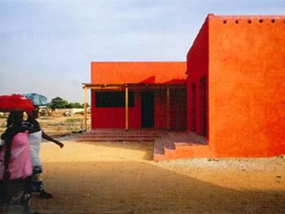 Women's Centre, Hollm&eacute;n-Reuter-Sandman<br> Rufisque, Senegal, 2001