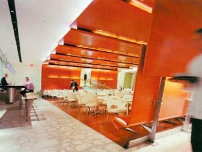 Diller e Scofidio, La Brasserie<br> New York, 2000