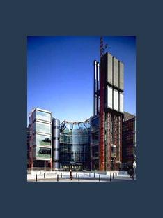 Richard Rogers: sede della stazione televisiva Channel 4 a Londra, 1991-1994