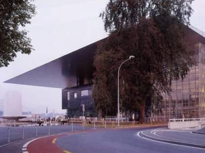 Jean Nouvel, Centro Congressi,<br> Lucerna, Svizzera