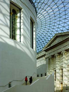 Foster &amp; Partners, Great Court<br> British Museum, Londra
