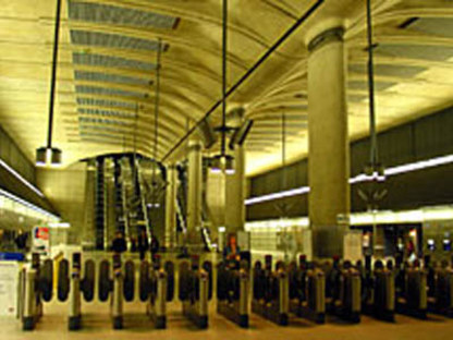 Foster & Partners<br> Stazione di Canary Wharf, Jubilee Line Extension, Londra, 1993