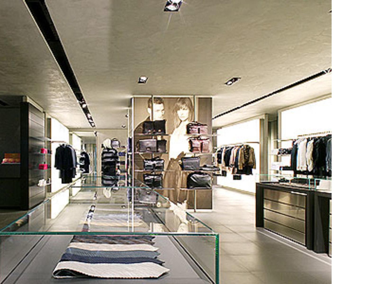 Giorgio Armani Store