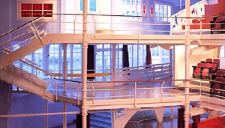 Ristrutturazione e restauro del teatro Metropol<br> Tarragona<br> 1992-1995. Josep Llinàs