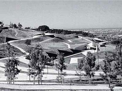 Istituto del Giardino Botanico di Barcellona, Carlos Ferrater