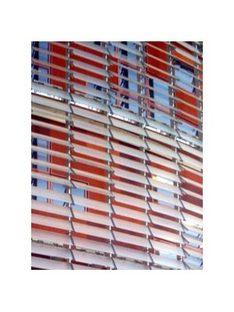 Barcellona. Torre Agbar<br> Jean Nouvel e Fermin Vazquez. 2004