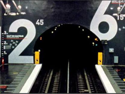Stazione della metropolitana Villejuif L&eacute;o Lagrange, Mario Cucinella.<br /> Parigi, Francia. 2000