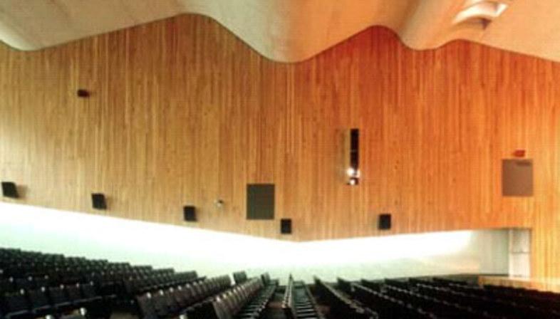 Palazzo dei congressi,<br> Paredes Pedrosa Architects. Peniscola (Spagna). 2001