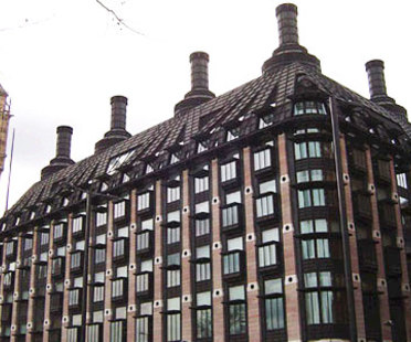 Portcullis House, Hopkins Architects. Londra. 2000