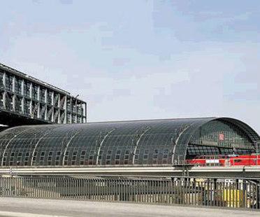 Stazione centrale di Berlino. Meinhard von Gerkan. 2006