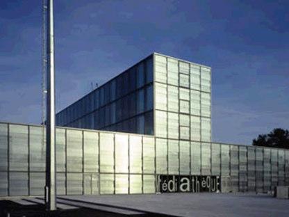 Mediateca di Venissieux. Dominique Perrault. 2001