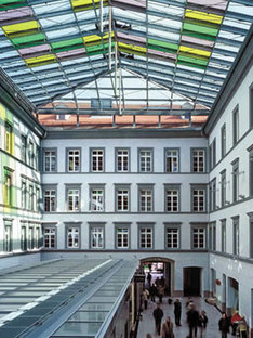 Municipio di Innsbruck. Dominique Perrault. 2002