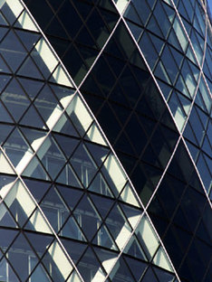 Swiss Re Tower. Foster and Partners. Londra. 2004