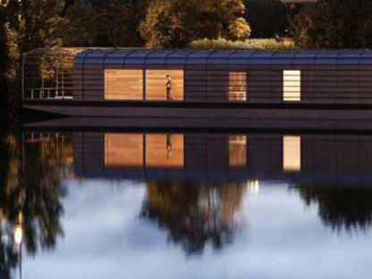 The Floating House - Ronan e Erwan Bouroullec. Chatou, 2006