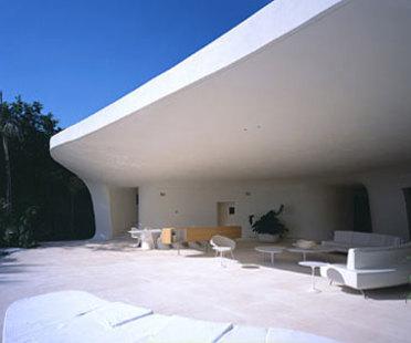 Ixtapa House - Fernando Romero.<br />Punta Ixtapa, 2001
