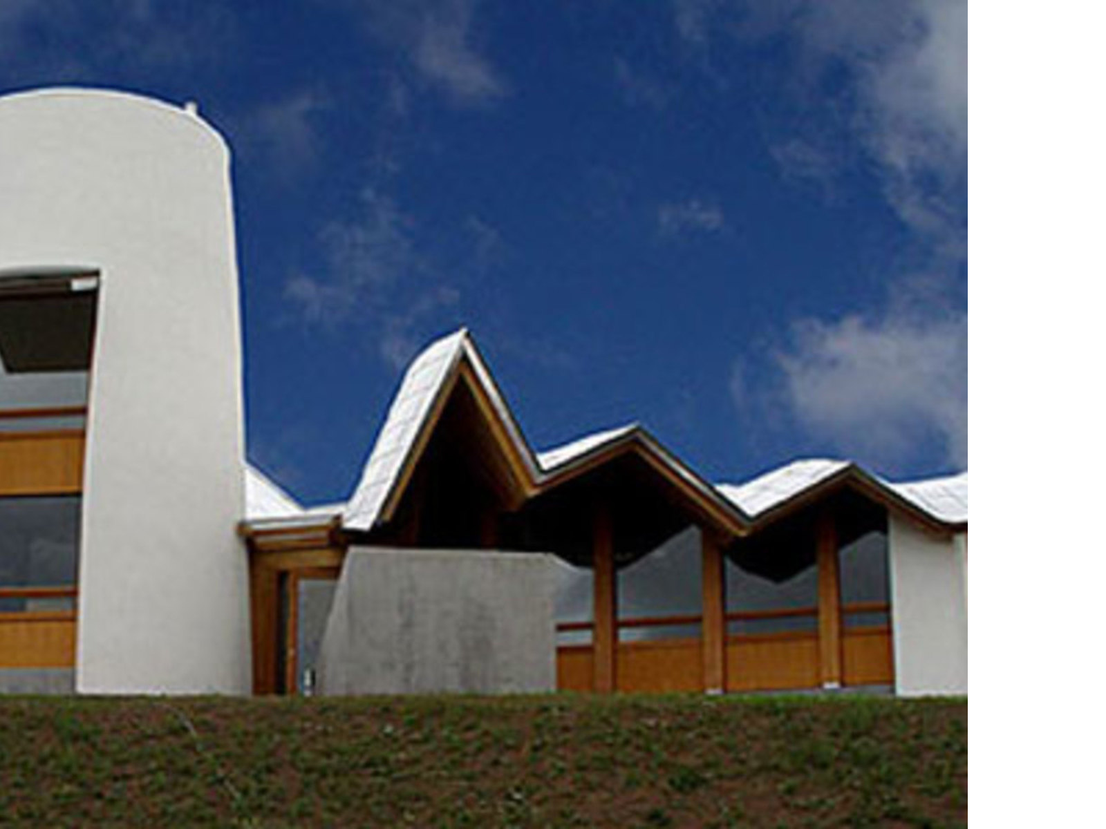 Maggie Cancer Care Centre. Frank O. Gehry<br /> Dundee (Scozia). 2003
