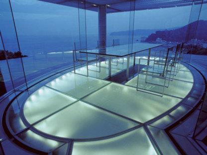 Kengo Kuma. Water/Glass House. Atami, Shizuoka Prefecture. 1995