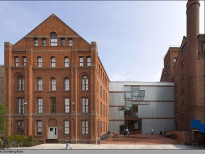 Higgins Hall, Pratt Institute - Steven Holl. New York, 2005