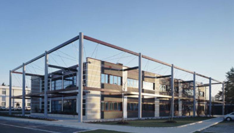 Realizzazione della parete ventilata<br /> al Centro Medico
