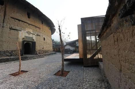 Li Xiaodong e la scuola sul ponte