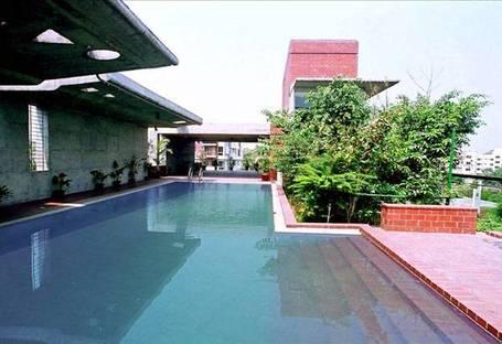 Shatotto: Meghna residence in Bangladesh