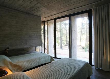 BAK: casa minima in cemento a Mar Azul