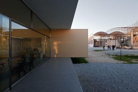 Souto de Moura: scuola a Portalegre