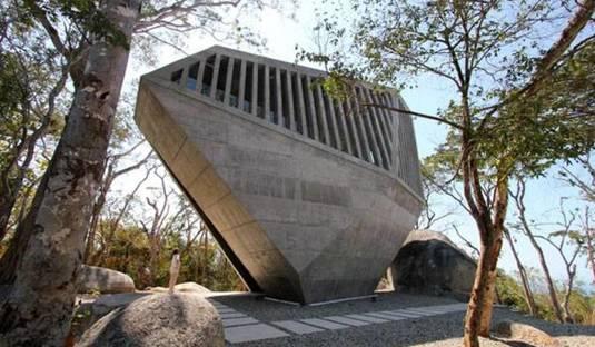 Intervista a Esteban Suárez di BNKR Bunker Arquitectura