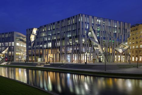 Ko-Bogen Dusseldorf complesso per uffici di Daniel Libeskind