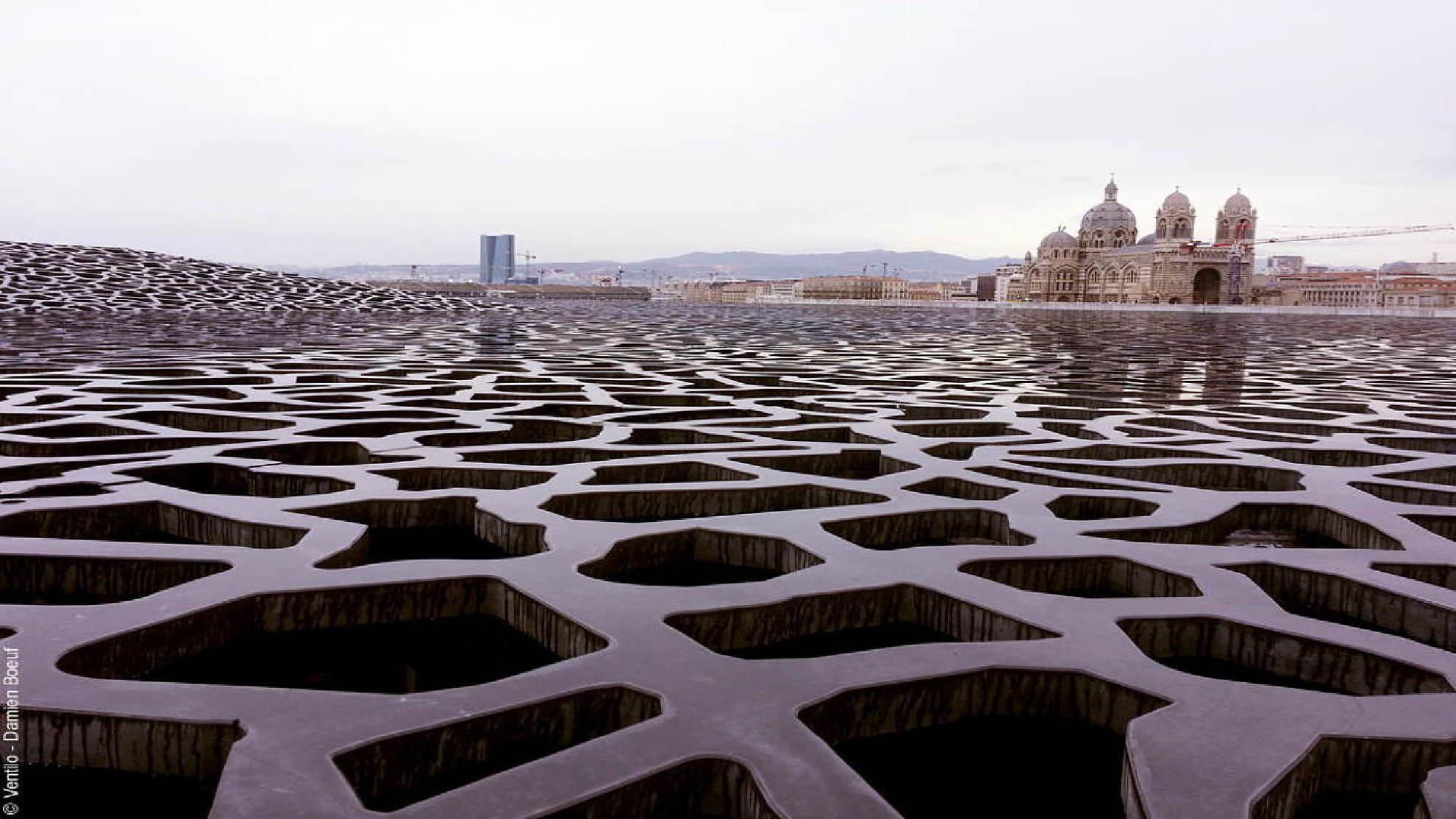 Marsiglia il waterfront: strategie di riconversione urbana.