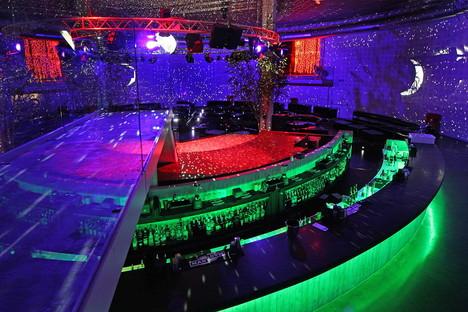 Il Design e la cultura pop delle discoteche in Italia