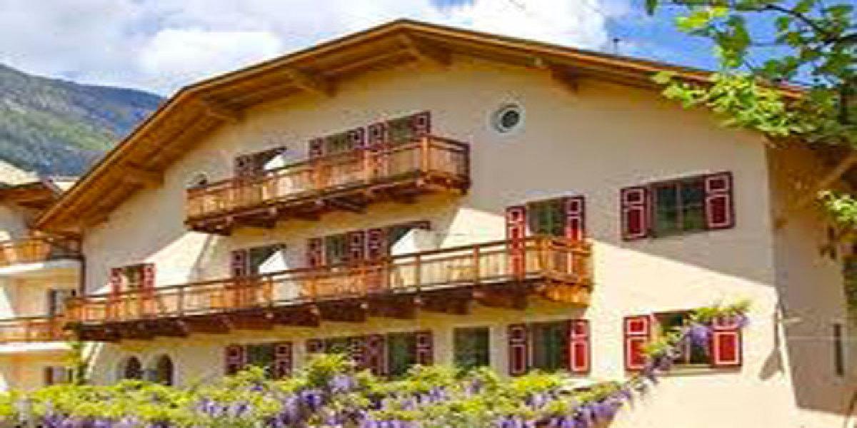 Cantine e design in alto adige itinerari for Design hotel alto adige