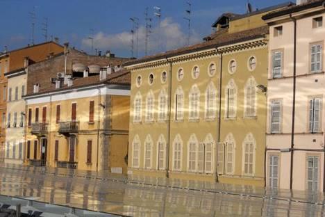 Piazza Ghiaia, Parma