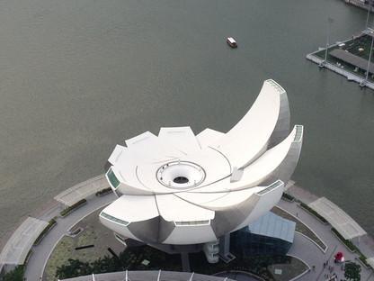 Singapore lo skyline della città giardino disegnata per essere la città del futuro