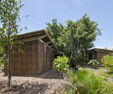 Low Cost House di Vo Trong Nghia Architects