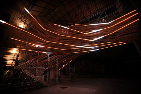 Vortex, installazione di luce, 1024 architecture
